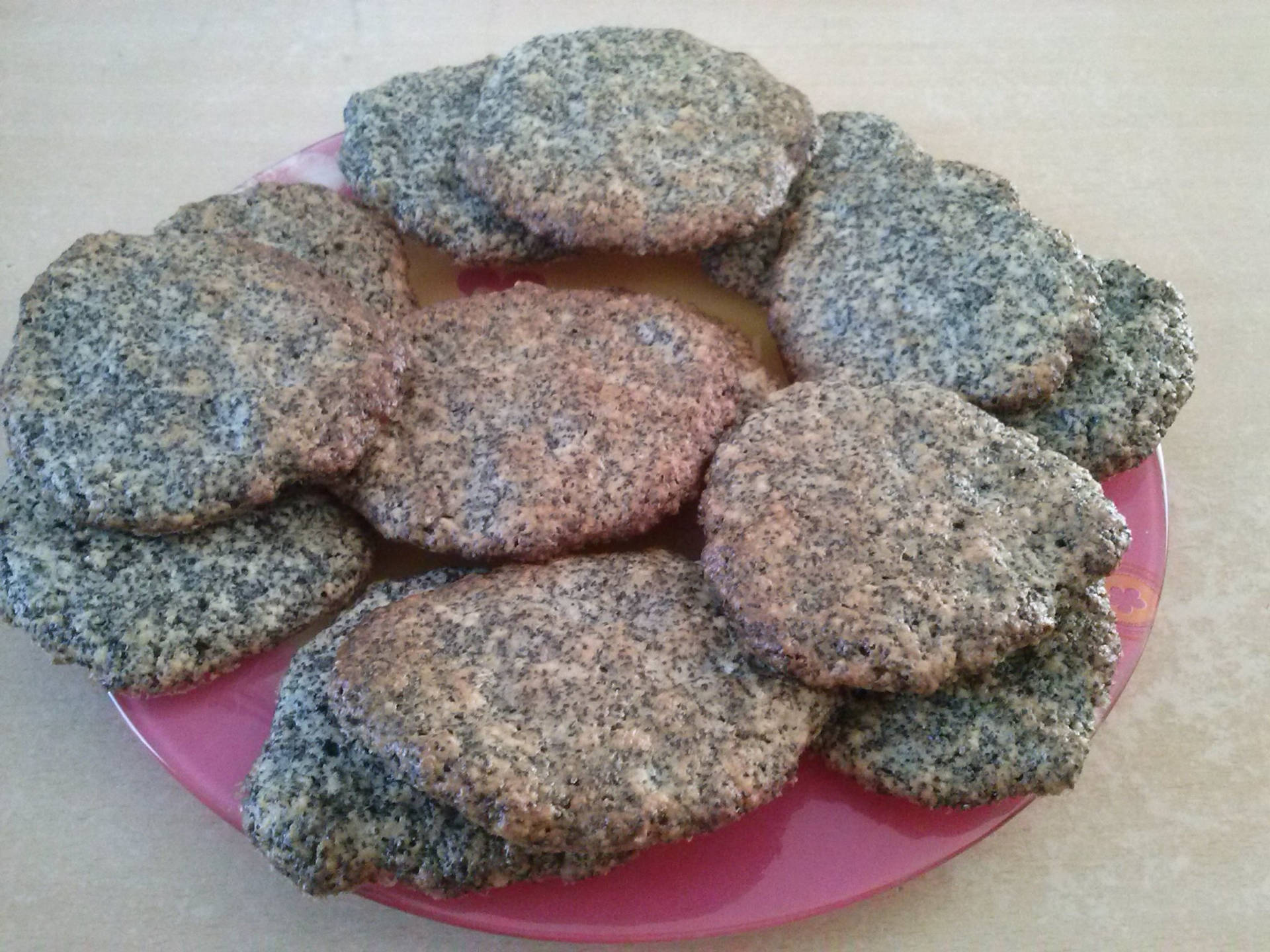 mákos-tönkölyös keksz